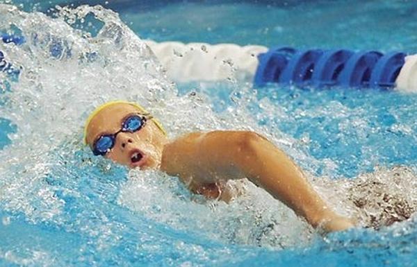 8a7450a898da Ebbene il nuoto non solo si può praticare a più livelli, amatoriale ed  agonistico, ma inoltre gli stessi movimenti se effettuati con variazione  d'intensità ...