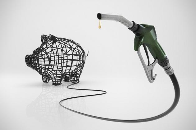 risparmiare benzina guidando