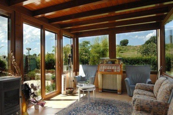 Come costruire una veranda: permessi, materiali, aperture e coperture?