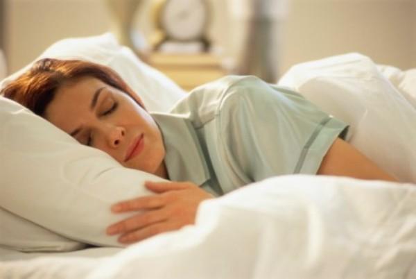 Cos'è il sonno e quali sono le sue fasi?